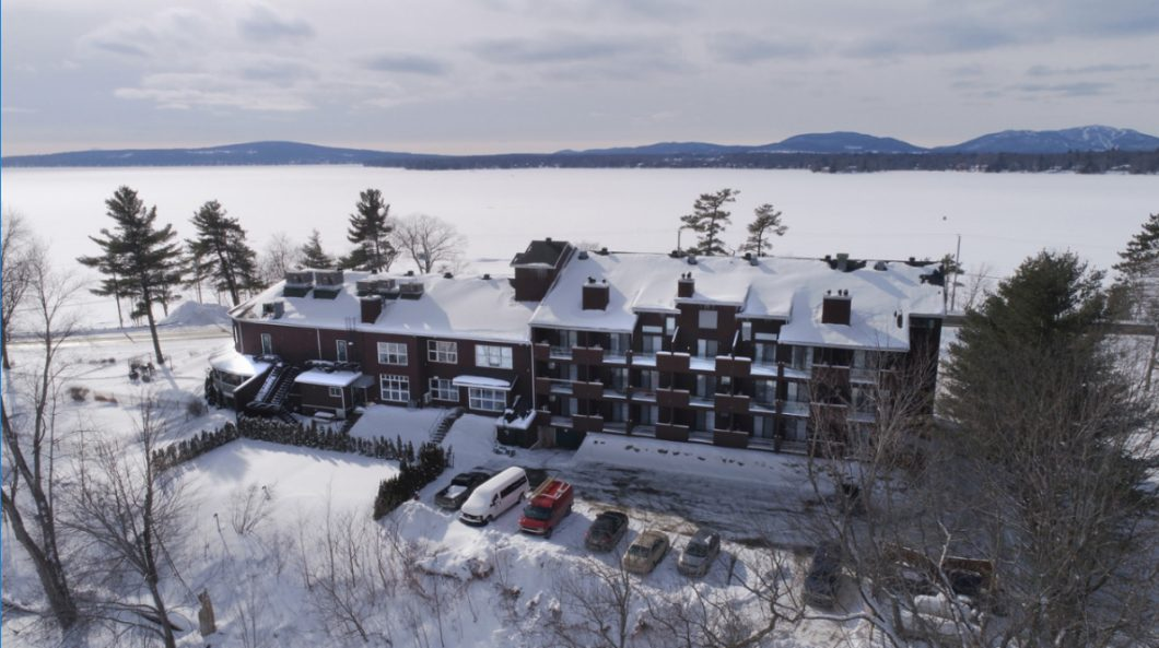 Hotel Suites Lac-Brome - Wellness and Spa Package